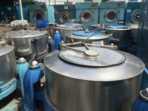 Máy vắt công nghiệp phục vụ trong ngành Giặt mài